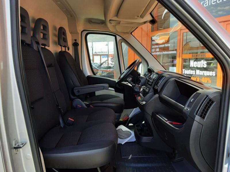 Photo 13 de l'offre de CITROEN JUMPER L1H1 BLUEHDi 130 BVM6 BUSINESS à 17500€ chez Centrale auto marché Périgueux