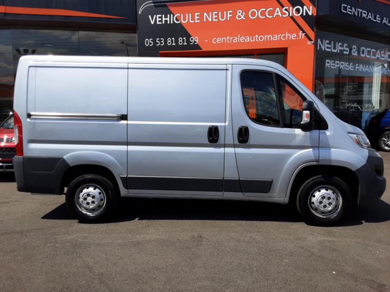 Photo 24 de l'offre de CITROEN JUMPER L1H1 BLUEHDi 130 BVM6 BUSINESS à 17500€ chez Centrale auto marché Périgueux