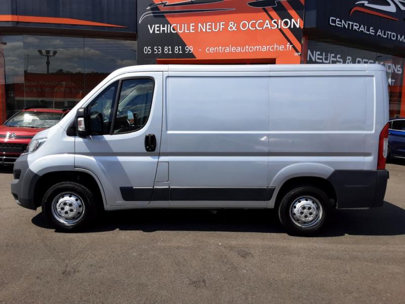 Photo 29 de l'offre de CITROEN JUMPER L1H1 BLUEHDi 130 BVM6 BUSINESS à 17500€ chez Centrale auto marché Périgueux