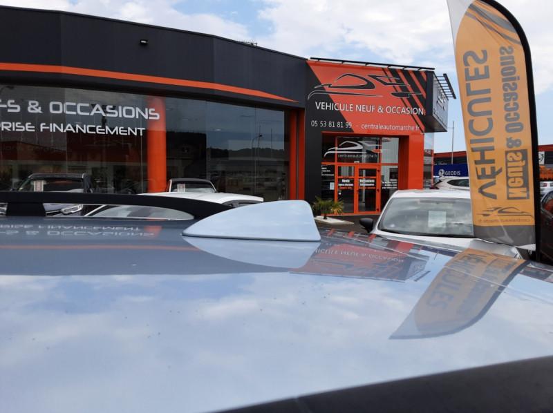 Photo 11 de l'offre de BMW X3 3.0d Luxe Steptronic A à 5200€ chez Centrale auto marché Périgueux