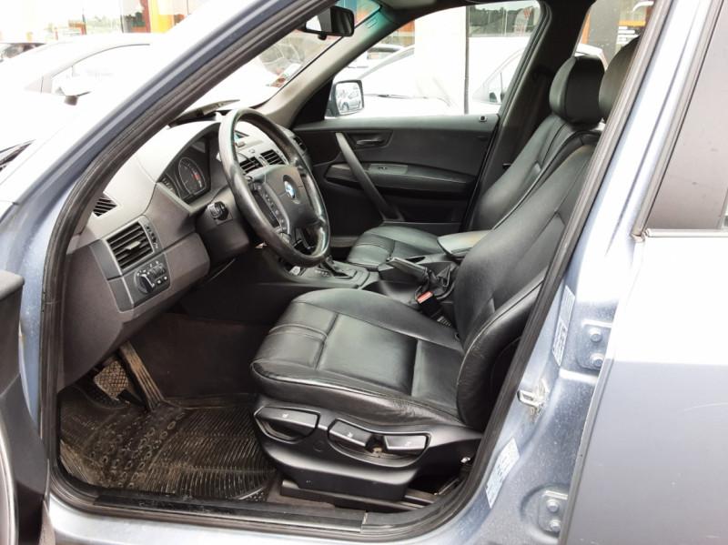 Photo 13 de l'offre de BMW X3 3.0d Luxe Steptronic A à 5200€ chez Centrale auto marché Périgueux