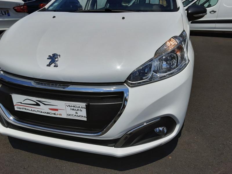 Photo 20 de l'offre de PEUGEOT 208 AFFAIRE 1.6 BLUEHDI 75 BVM5 PACK CLIM à 6700€ chez Centrale auto marché Périgueux