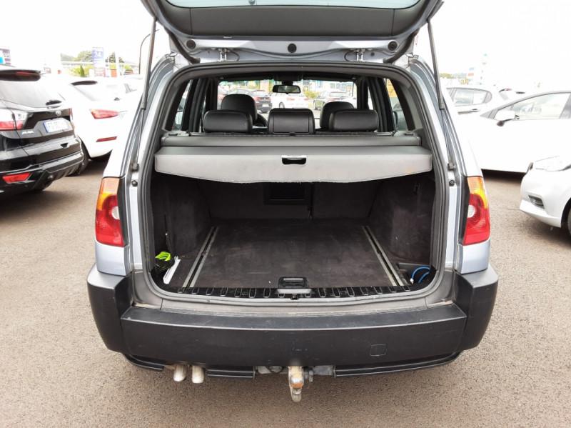 Photo 5 de l'offre de BMW X3 3.0d Luxe Steptronic A à 5200€ chez Centrale auto marché Périgueux