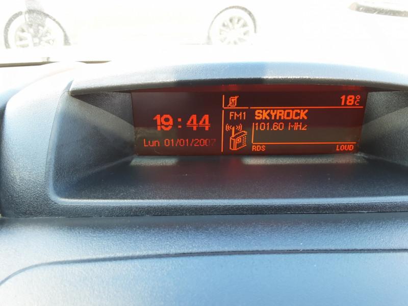 Photo 17 de l'offre de CITROEN BERLINGO M BLUEHDI 75 CLUB  à 8700€ chez Centrale auto marché Périgueux