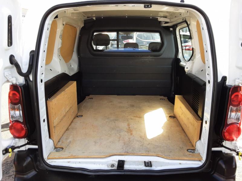 Photo 19 de l'offre de CITROEN BERLINGO M BLUEHDI 75 CLUB  à 8700€ chez Centrale auto marché Périgueux