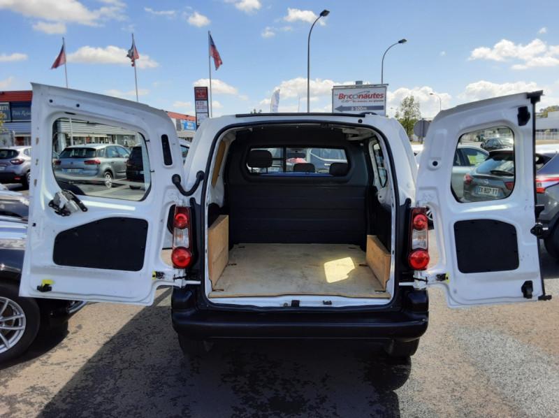 Photo 32 de l'offre de CITROEN BERLINGO M BLUEHDI 75 CLUB  à 8700€ chez Centrale auto marché Périgueux
