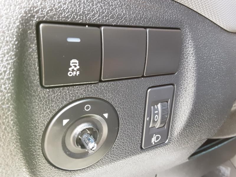 Photo 16 de l'offre de CITROEN BERLINGO M BLUEHDI 75 CLUB  à 8700€ chez Centrale auto marché Périgueux