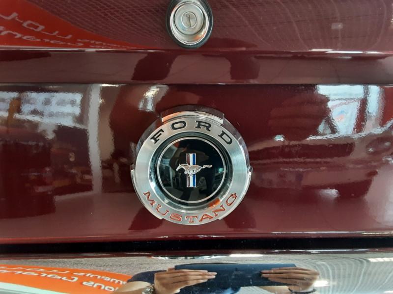 Photo 41 de l'offre de FORD MUSTANG CABRIOLET V8 289 CI à 45000€ chez Centrale auto marché Périgueux