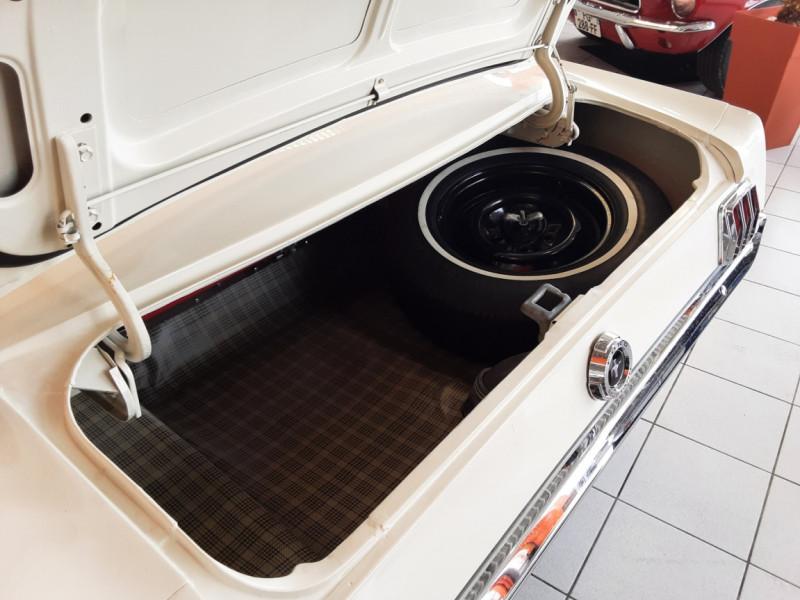 Photo 31 de l'offre de FORD MUSTANG FASTBACK V8 289 CI à 59900€ chez Centrale auto marché Périgueux
