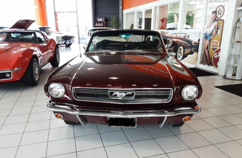 Photo 6 de l'offre de FORD MUSTANG CABRIOLET V8 289 CI à 45000€ chez Centrale auto marché Périgueux