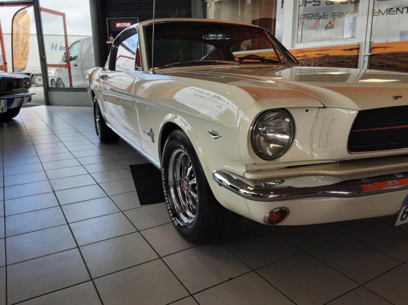 Photo 22 de l'offre de FORD MUSTANG FASTBACK V8 289 CI à 59900€ chez Centrale auto marché Périgueux