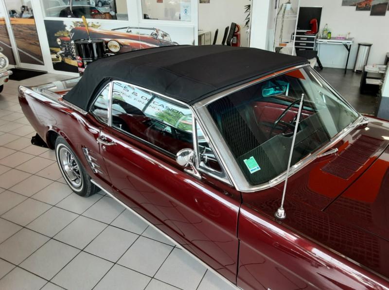 Photo 48 de l'offre de FORD MUSTANG CABRIOLET V8 289 CI à 45000€ chez Centrale auto marché Périgueux