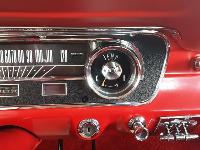 Photo 50 de l'offre de FORD MUSTANG FASTBACK V8 289 CI à 59900€ chez Centrale auto marché Périgueux