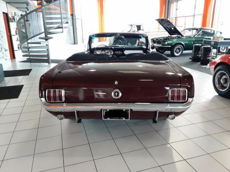 Photo 23 de l'offre de FORD MUSTANG CABRIOLET V8 289 CI à 45000€ chez Centrale auto marché Périgueux