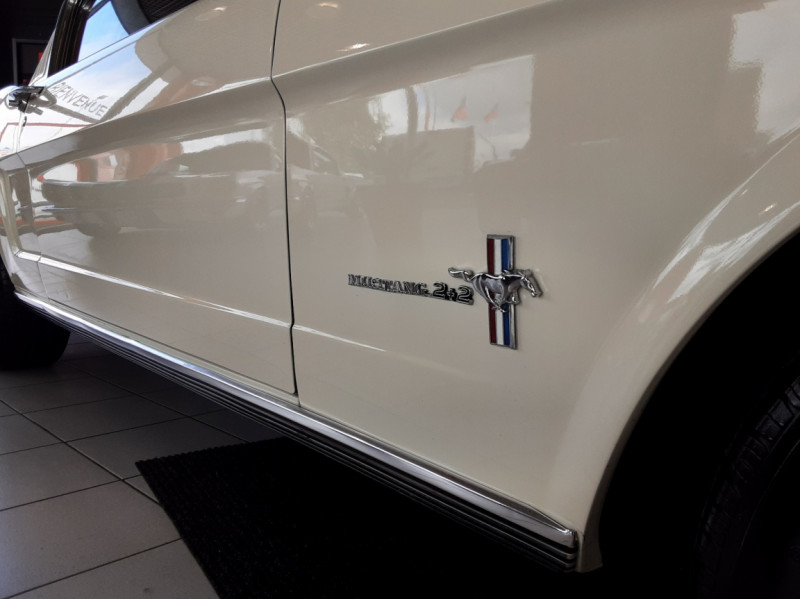 Photo 23 de l'offre de FORD MUSTANG FASTBACK V8 289 CI à 59900€ chez Centrale auto marché Périgueux