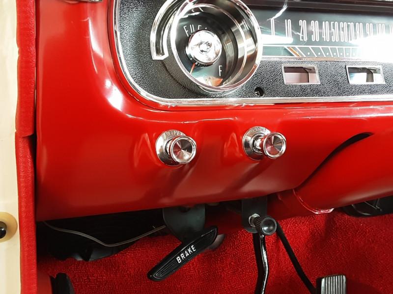 Photo 48 de l'offre de FORD MUSTANG FASTBACK V8 289 CI à 59900€ chez Centrale auto marché Périgueux
