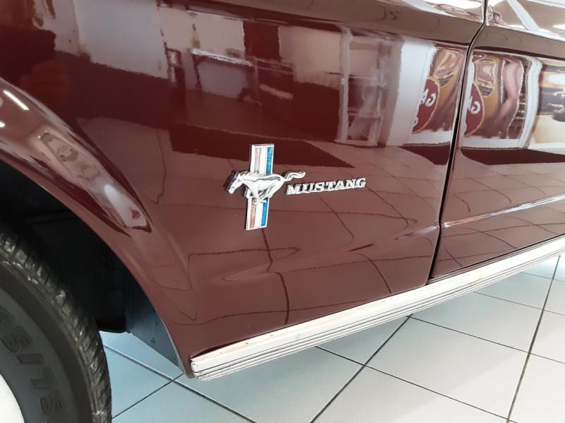 Photo 9 de l'offre de FORD MUSTANG CABRIOLET V8 289 CI à 45000€ chez Centrale auto marché Périgueux