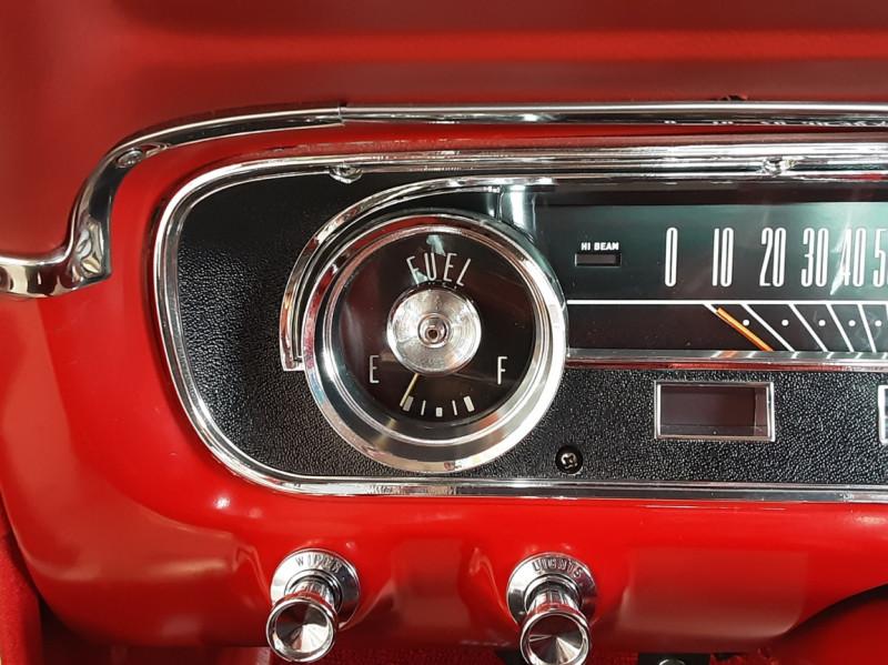 Photo 49 de l'offre de FORD MUSTANG FASTBACK V8 289 CI à 59900€ chez Centrale auto marché Périgueux