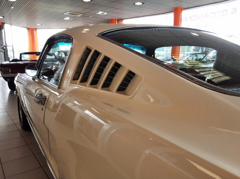 Photo 28 de l'offre de FORD MUSTANG FASTBACK V8 289 CI à 59900€ chez Centrale auto marché Périgueux