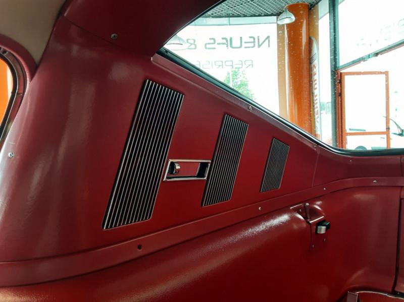 Photo 15 de l'offre de FORD MUSTANG FASTBACK V8 289 CI à 59900€ chez Centrale auto marché Périgueux