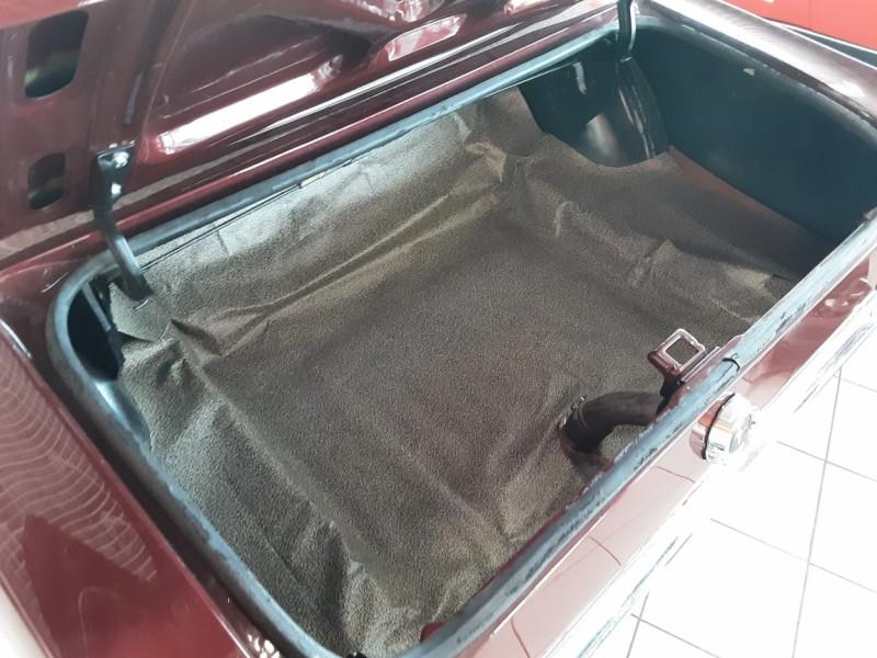 Photo 19 de l'offre de FORD MUSTANG CABRIOLET V8 289 CI à 45000€ chez Centrale auto marché Périgueux