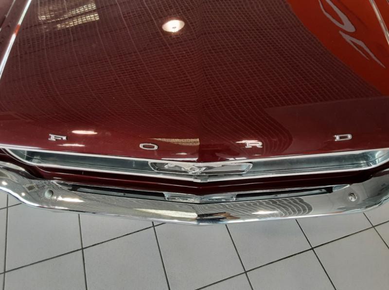 Photo 28 de l'offre de FORD MUSTANG CABRIOLET V8 289 CI à 45000€ chez Centrale auto marché Périgueux