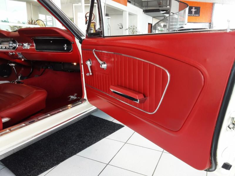 Photo 34 de l'offre de FORD MUSTANG FASTBACK V8 289 CI à 59900€ chez Centrale auto marché Périgueux