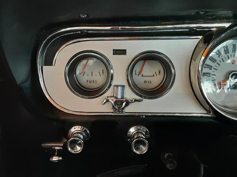 Photo 47 de l'offre de FORD MUSTANG CABRIOLET V8 289 CI à 45000€ chez Centrale auto marché Périgueux