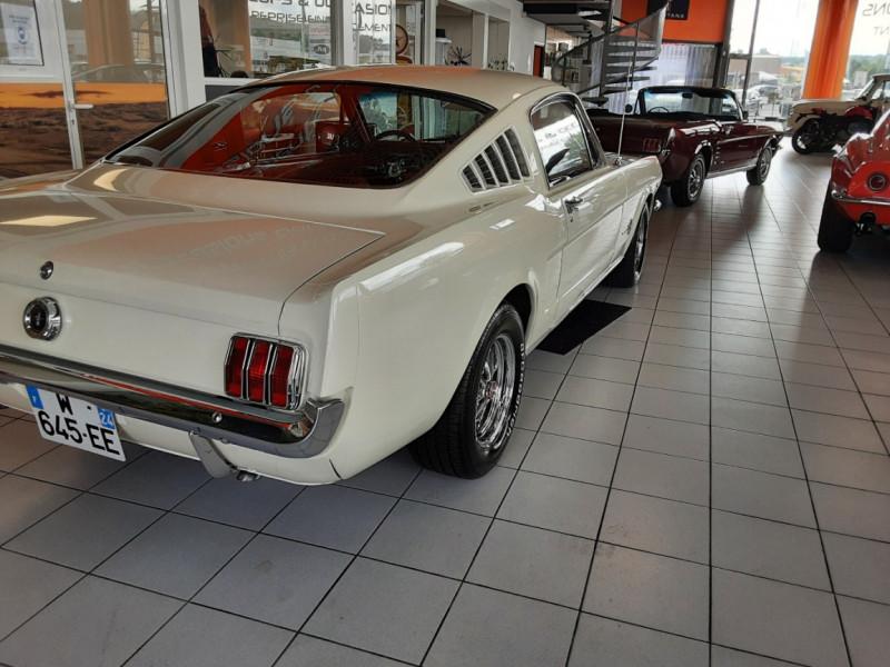 Photo 2 de l'offre de FORD MUSTANG FASTBACK V8 289 CI à 59900€ chez Centrale auto marché Périgueux
