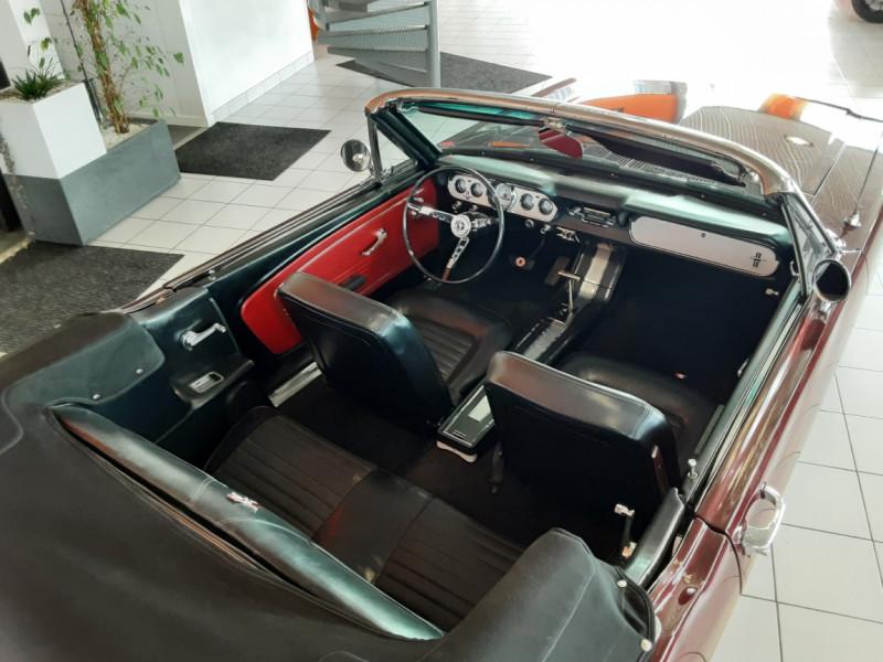 Photo 15 de l'offre de FORD MUSTANG CABRIOLET V8 289 CI à 45000€ chez Centrale auto marché Périgueux