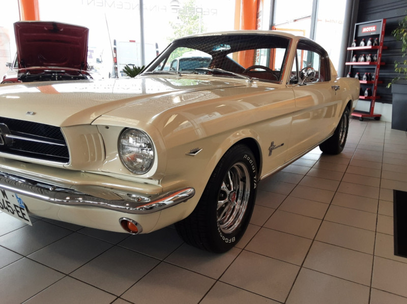 Photo 6 de l'offre de FORD MUSTANG FASTBACK V8 289 CI à 59900€ chez Centrale auto marché Périgueux
