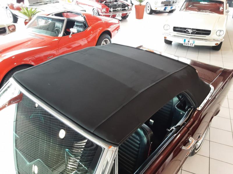 Photo 7 de l'offre de FORD MUSTANG CABRIOLET V8 289 CI à 45000€ chez Centrale auto marché Périgueux