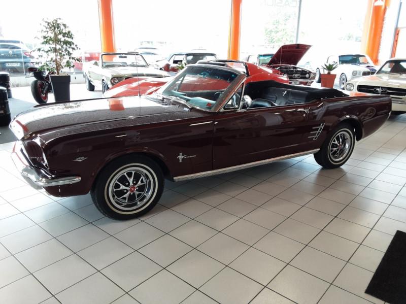 Photo 8 de l'offre de FORD MUSTANG CABRIOLET V8 289 CI à 45000€ chez Centrale auto marché Périgueux