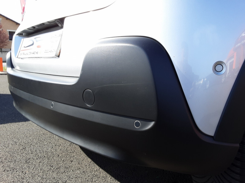 Photo 16 de l'offre de CITROEN C3 BlueHDi 100 SetS Shine Business à 13900€ chez Centrale auto marché Périgueux