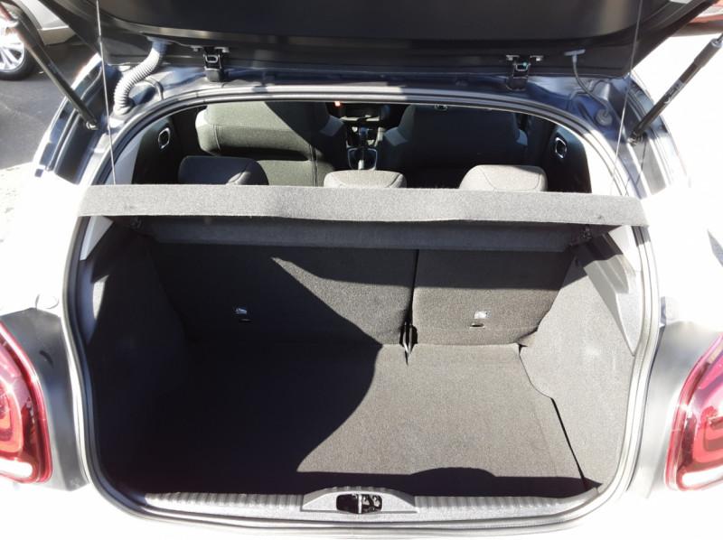 Photo 15 de l'offre de CITROEN C3 BlueHDi 100 SetS Shine Business à 13900€ chez Centrale auto marché Périgueux