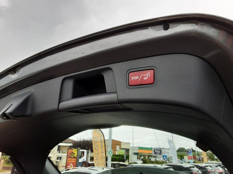 Photo 19 de l'offre de MERCEDES-BENZ CLASSE GLA 200 7-G DCT Intuition à 24490€ chez Centrale auto marché Périgueux