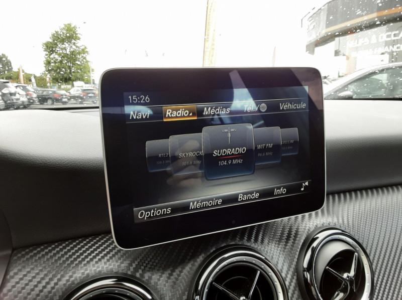 Photo 11 de l'offre de MERCEDES-BENZ CLASSE GLA 200 7-G DCT Intuition à 24490€ chez Centrale auto marché Périgueux