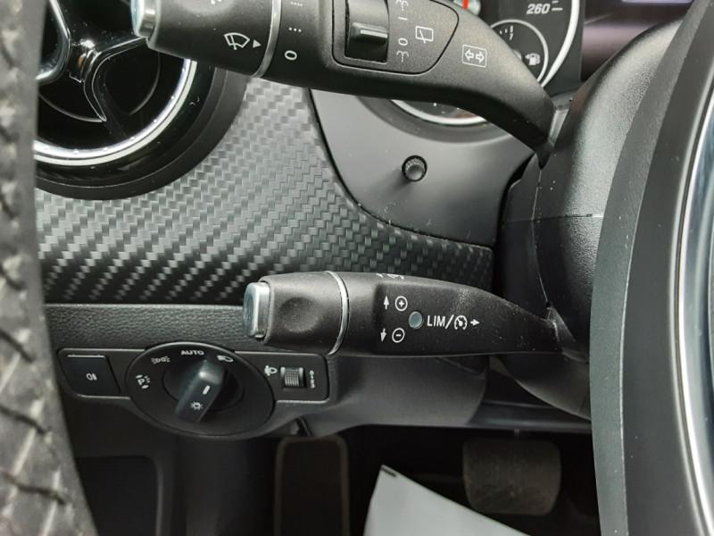 Photo 34 de l'offre de MERCEDES-BENZ CLASSE GLA 200 7-G DCT Intuition à 24490€ chez Centrale auto marché Périgueux