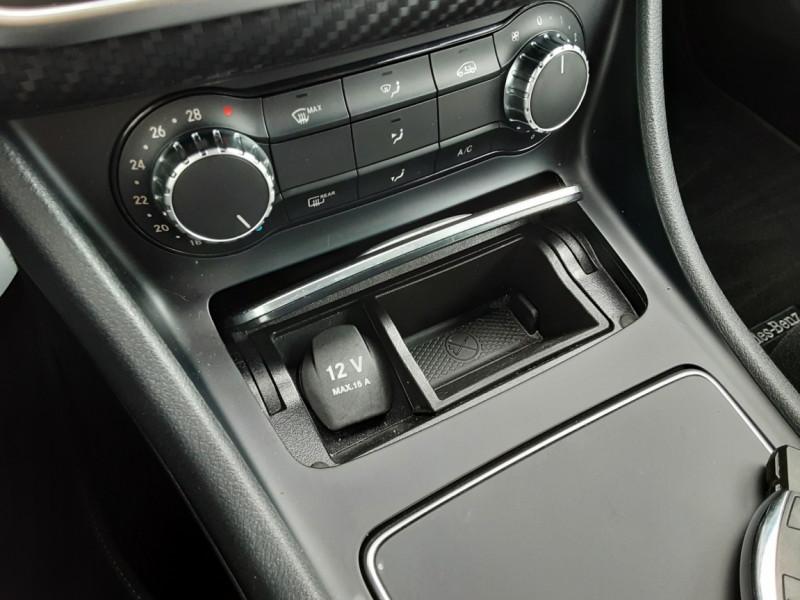 Photo 50 de l'offre de MERCEDES-BENZ CLASSE GLA 200 7-G DCT Intuition à 24490€ chez Centrale auto marché Périgueux