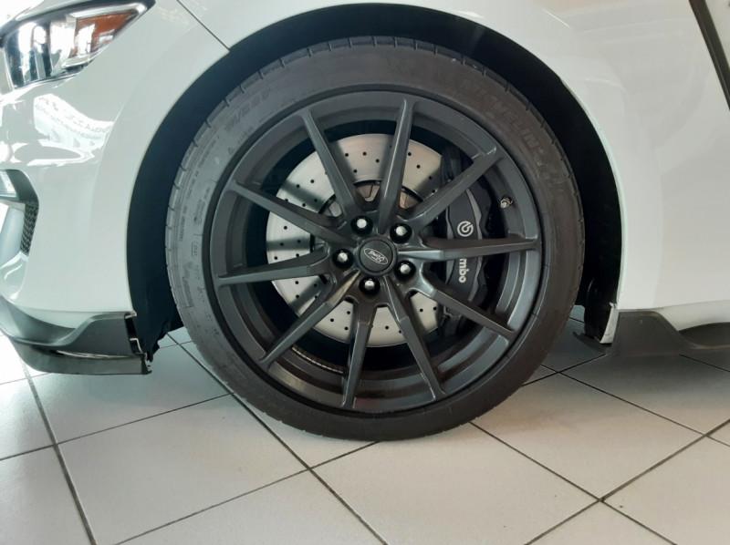 Photo 43 de l'offre de FORD MUSTANG SHELBY GT350 V8 5.2L à 84500€ chez Centrale auto marché Périgueux