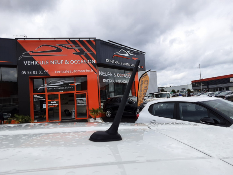 Photo 27 de l'offre de FIAT 500X 1.6 MultiJet 120 ch Popstar Business DCT à 16900€ chez Centrale auto marché Périgueux