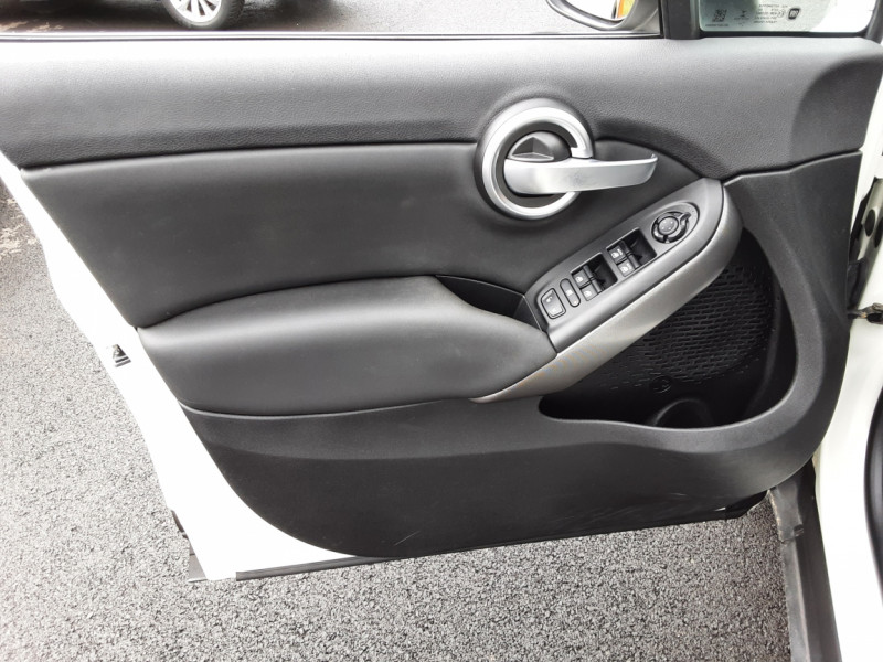 Photo 29 de l'offre de FIAT 500X 1.6 MultiJet 120 ch Popstar Business DCT à 16900€ chez Centrale auto marché Périgueux