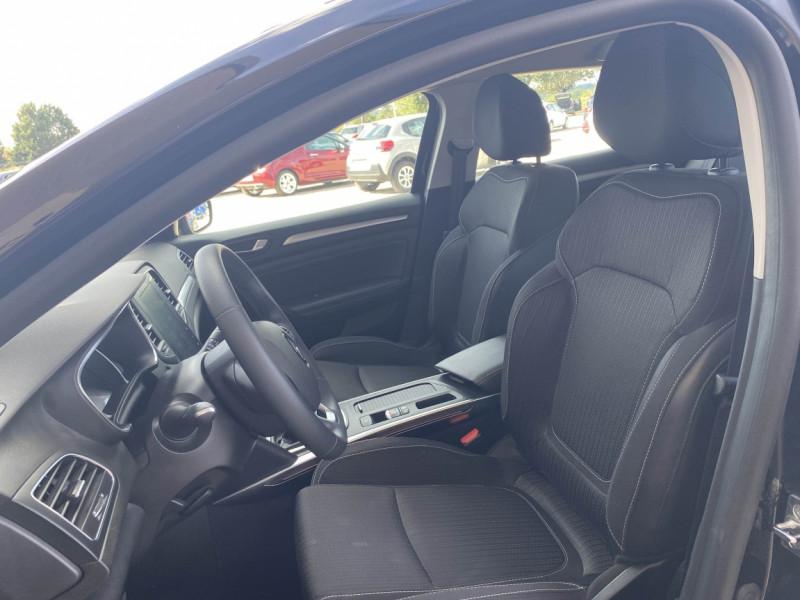 Photo 8 de l'offre de RENAULT MEGANE IV ESTATE Blue dCi 115 Business à 16700€ chez Centrale auto marché Périgueux