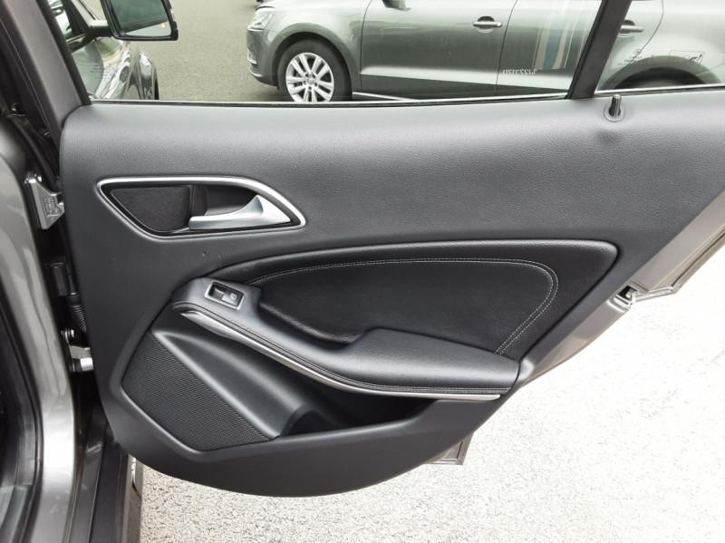 Photo 26 de l'offre de MERCEDES-BENZ CLASSE GLA 200 d Fascination 7-G DCT A à 26500€ chez Centrale auto marché Périgueux