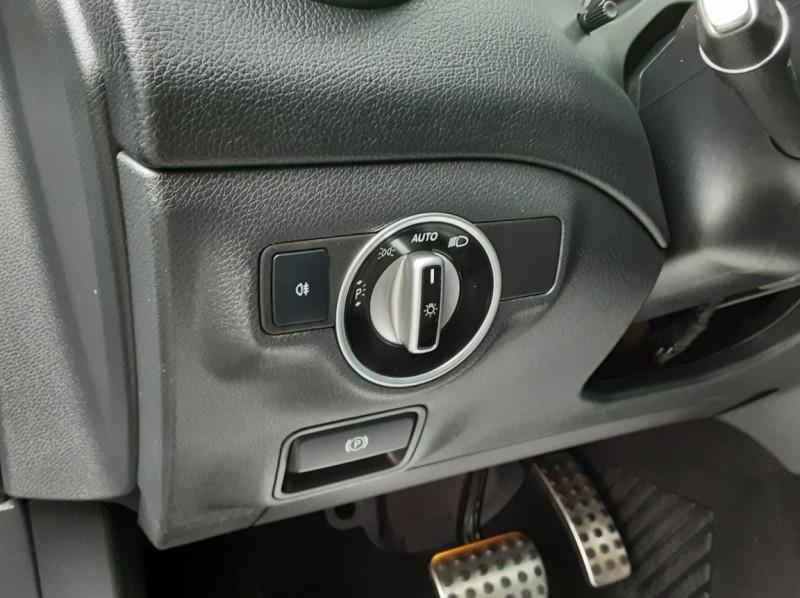 Photo 49 de l'offre de MERCEDES-BENZ CLASSE GLA 200 d Fascination 7-G DCT A à 26500€ chez Centrale auto marché Périgueux