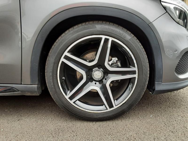 Photo 19 de l'offre de MERCEDES-BENZ CLASSE GLA 200 d Fascination 7-G DCT A à 26500€ chez Centrale auto marché Périgueux