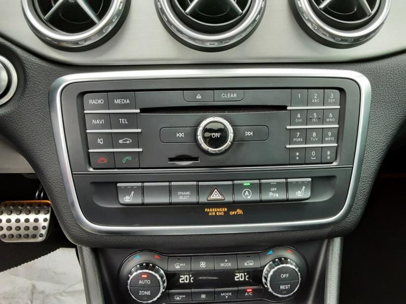 Photo 23 de l'offre de MERCEDES-BENZ CLASSE GLA 200 d Fascination 7-G DCT A à 26500€ chez Centrale auto marché Périgueux