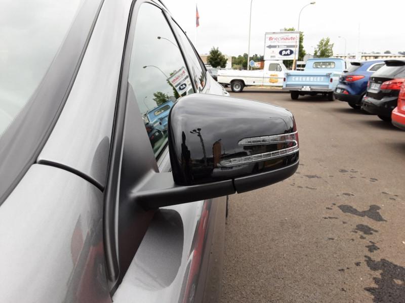 Photo 36 de l'offre de MERCEDES-BENZ CLASSE GLA 200 d Fascination 7-G DCT A à 26500€ chez Centrale auto marché Périgueux