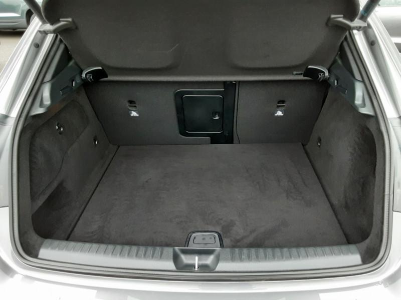 Photo 14 de l'offre de MERCEDES-BENZ CLASSE GLA 200 d Fascination 7-G DCT A à 26500€ chez Centrale auto marché Périgueux