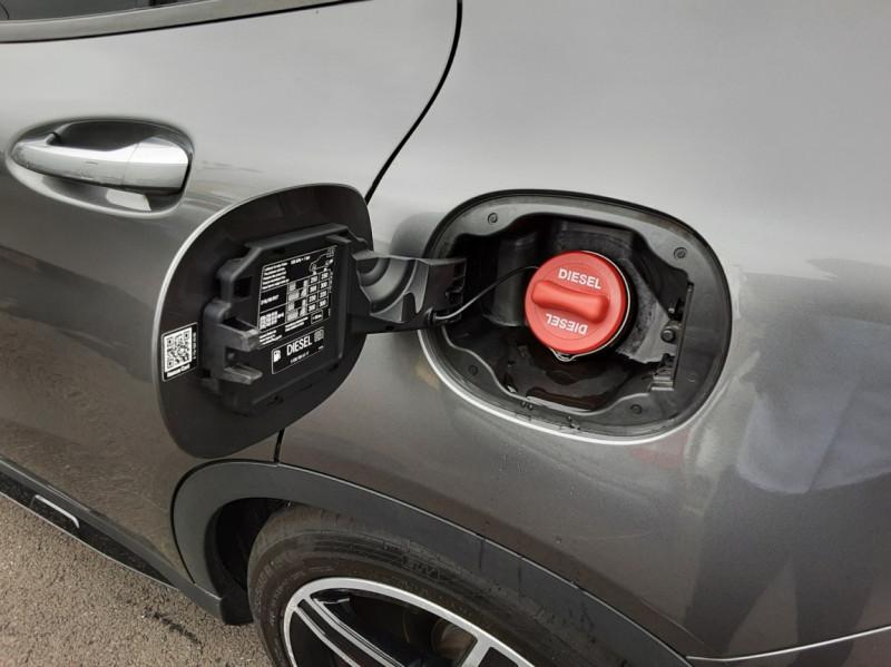 Photo 25 de l'offre de MERCEDES-BENZ CLASSE GLA 200 d Fascination 7-G DCT A à 26500€ chez Centrale auto marché Périgueux